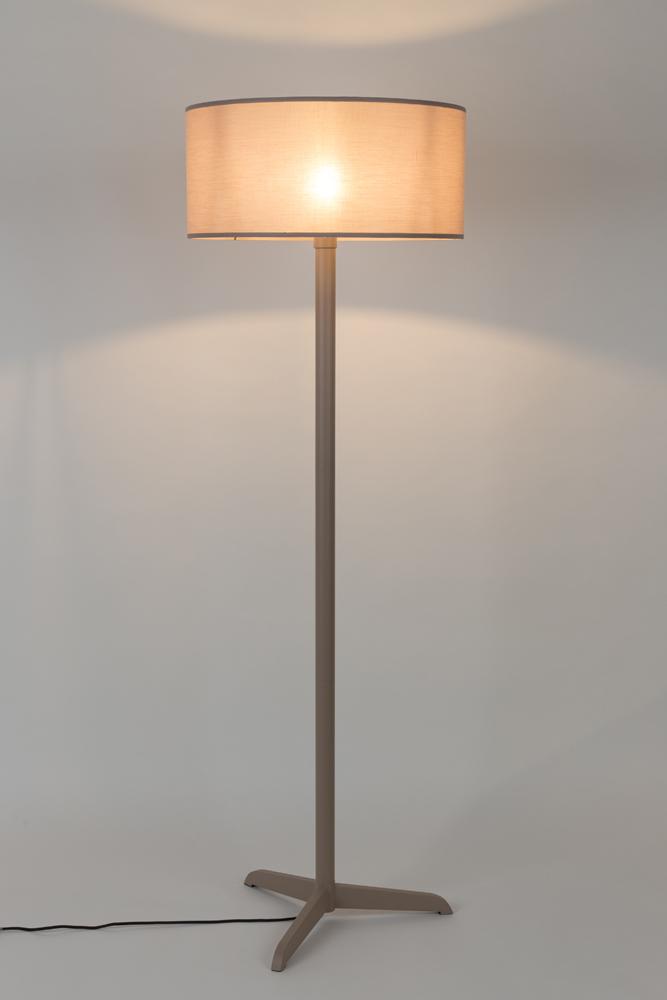 Vloerlamp \'Shelby\' - kleur: Taupe taupe | DEBA Meubelen